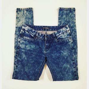 🌞5/$25 All Seasons Blue Bleached Skinny Jeans